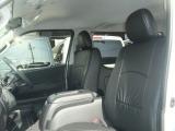 ハイエース 新車にレザーシート全席に装着!無料☆彡 こだわりの品質!お気軽にご来店お待ちしております。