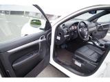 カイエン S 4WD D車 サンルーフ 黒革 Bカメラ 保証付