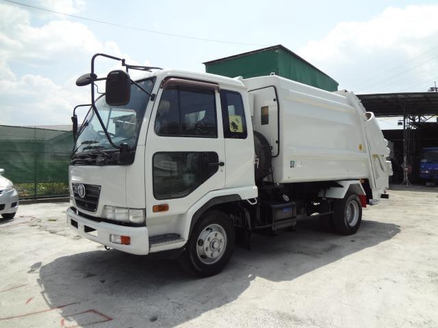 UDトラックス コンドル パッカー車 H17 7.3M3 プレス ベッド付