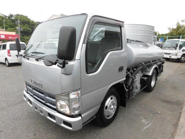 いすゞ エルフ  2.7tバキュームカー