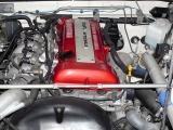 手入れの行き届いた!!!とても綺麗なエンジンルームです!!!エンジンはSR20DETに換装されています!!!