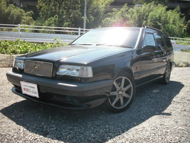 ボルボ 850エステート R 限定車850Rブラックカラー