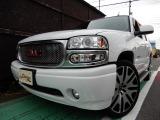 GMC ユーコン デナリ 6.0 V8 4WD