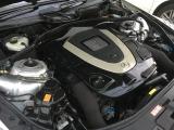 搭載されるエンジンは、5.5L V型8気筒DOHCで最高出力387ps(285kW)/6000rpm、最大トルク54.0kg・m(530N・m)/2800~4800rpmと十分すぎるパワフルなモデルです。