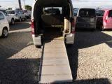 スズキ エブリイ ウィズ 車いす移動車 補助シート付 電動固定式 4WD