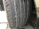タイヤ溝は6~7mm残ってます!まだまだ安心ですね!