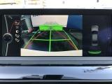 バックカメラに加え車輌の前後バンパーに装着されたパーキングセンサーが障害物を検知し車庫入れも安心。★詳細は03-6666-2544まで、お気軽にお問合せください★