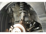 ブレーキ、サスペンションも傷や偏減り等も無く綺麗な状態でございます。