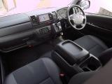トヨタ レジアスエース 3.0 ダークプライム マルチロールトランスポーター タイプI ロング ディーゼル 4WD