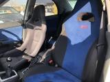 純正STiシートでも十分なホールド感があります♪かといって乗り降りがしづらいなどなんてことはありませんよ(^o^)