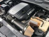 アメリカで丈夫で人気のエンジン5.7HEMIエンジン搭載!社外エアクリーナー!エンジン機関とても調子が良くエンジンは高回転までスムーズに廻り、アイドリングも安定しています。