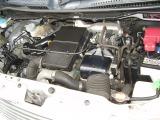 ●機関良好のエンジンルームです。昔のドッカンターボと違い燃費の悪化を抑えたMターボです。カタログ燃費18.8km/l
