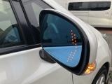 シルクブレイズウインカーミラーで周囲の安全も確保しております!