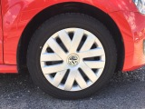 ☆フロントホイール☆純正ホイールカバーのお車となります。フロントタイヤ溝7分程となります。