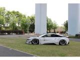 日本を代表するカスタムメーカー リバティーウォークが手掛けるBMWi8 LB-works!!バンコク出展のためデモカーとして仕上げられたこちらの1台!!出来立てホヤホヤです!!
