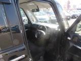 「快適」、「便利」、「安心」をキーワードに、軽自動車の限られたスペースを最大限に活用