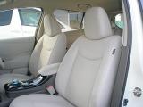 プロの内装クリーニング職人による仕上げを施工済みで、大変キレイな状態の運転席&助手席です。