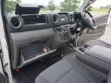 日産 NV350キャラバン 2.0 中温冷凍バン DX ロング