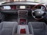 トヨタ センチュリー 5.0 デュアルEMVパッケージ装着車