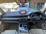 アウディ Q7 3.0 TFSI クワトロ 4WD