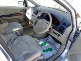 三菱 グランディス 2.4 エレガンス 4WD