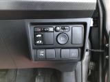 電動格納ミラー&Pスライドドアスイッチ。コーナーセンサーも付いてます。