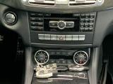 スマートキー×2個・プッシュスタート・オートエアコン・シートヒーター・などの装備がございます。