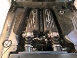 V10DOHC40バルブ最高出力;560馬力/8000rpm(カタログ値)最大トルク;55.1kgm/6500rpm(カタログ値)