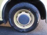 タイヤは4本とも交換したばかりです