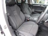 アウディで定評のあるシートの質感ですがこのA3も同様です。レザー張りシートではありませんがドライブでも疲れが少なく安定した走行が可能です。