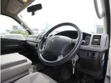 トヨタ ハイエースバン 2.0 DX ロング ハイルーフ