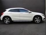 メルセデス・ベンツ GLA250 4マチック スポーツ 4WD