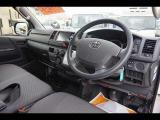 トヨタ ハイエースバン 2.8 DX GLパッケージ装着車 ディーゼル 4WD