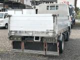 弊社はトラックの買取、販売、架装をメインで営んでおります。メールが苦手なため、お問い合わせはぜひ無料電話で:0066-9686-23261
