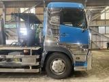 UDトラックス クオン コンテナ車
