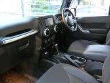 クライスラー ジープ・ラングラー サハラ 4WD