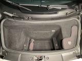 フロントトランク容量も予想に反し大きく実用的◎スーパーカーカテゴリーでは開発陣の設計思想通りに望外の実用性を誇るガヤルド!4輪駆動システムと乱れた挙動を安定させる高精度電子デバイス「ESP」を搭載◎