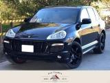 ポルシェ カイエン GTS 4WD