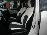 トヨタ プリウス 1.8 S E-Four 4WD