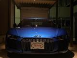 アウディ R8 V10プラス 5.2 FSI クワトロ 4WD