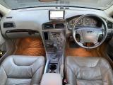 ボルボ V70XC クロスカントリー 2.4T 4WD