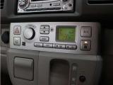 フルオートエアコンを装備しているので快適な室内空間を保てます。さらに後席エアコンも装備しているので同乗者皆様が快適に過ごせます。