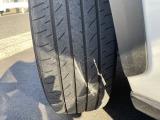 ★タイヤは、「YOKOHAMA BluEarth E51」です!4本とも残溝は十分ですな!★
