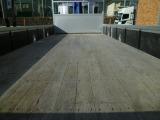床木ですが要望あれば鉄板張り加工できます。