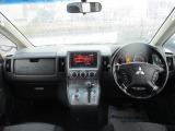 三菱 デリカD:5 2.4 G ナビパッケージ 4WD