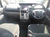 トヨタ ヴォクシー 2.0 トランスX