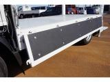 荷台内寸:306×161×38 三方開 床/前立て鳥居鉄板張り 垂直P/G 600kg付