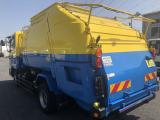 モリタ製8.1立米!連続スイッチ、汚水タンク付き車両です♪