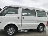 ボンゴバン 1.8 DX 低床 ハイルーフ 4WD 最大積載量950キロ