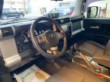 FJクルーザー 4.0 4WD 新車並行、リフトアップ、NEWタイヤ